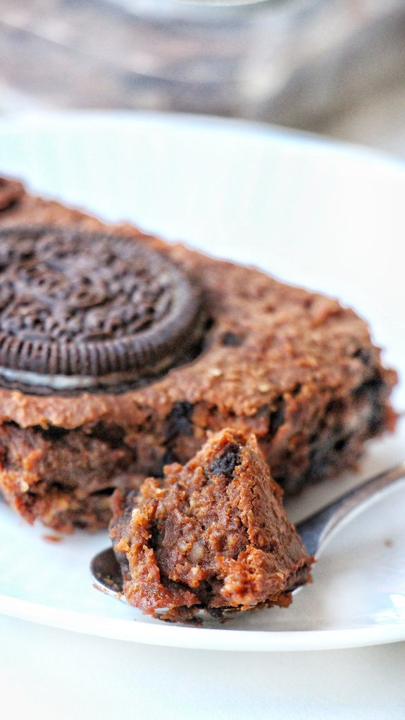 Brownie fondant chocolat et oreo. Recette saine avec avec de la patate douce !